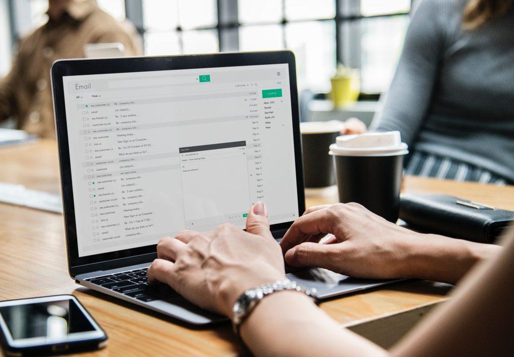 Nettoyer votre boîte email et supprimer vos pièces jointes inutiles