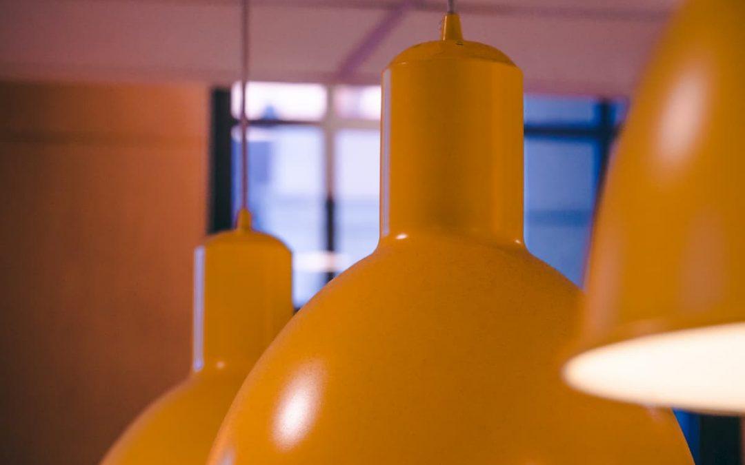 Les lampes et prises connectées, une bonne idée pour faire des économies